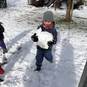 Es schneit, es schneit, endlich Winterzeit!
